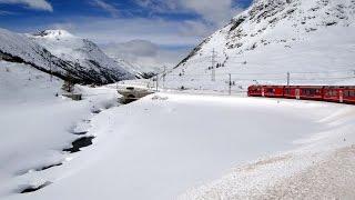 Passo del Bernina con la neve visto dal Trenino Rosso - Claudio Gobbetti