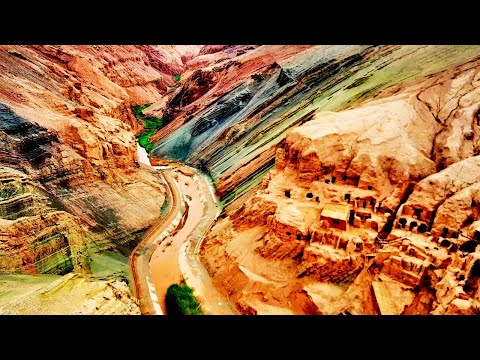 TURPAN (Xinjiang) - ancient desert towns. Awesome views from a flying drone