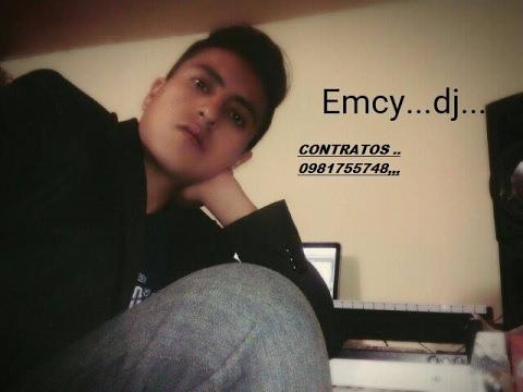 SET DE VALLENATOS,,,,,EMCY DJ....0981755748....