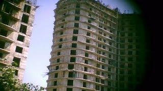 [アジアプレス 北朝鮮内部取材2]これが平壌の手抜き工事の現場映像だ 窓枠ガタガタ、プロック手積みの高層アパート