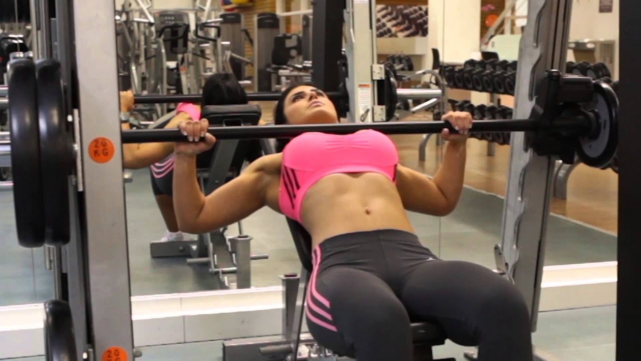 Smith Machine Incline Bench Press Chest Exercise Youtube