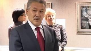 Необычная выставка картин на стекле с подсветкой.(поздравление мэра г. Усинск)(, 2014-07-19T13:22:28.000Z)