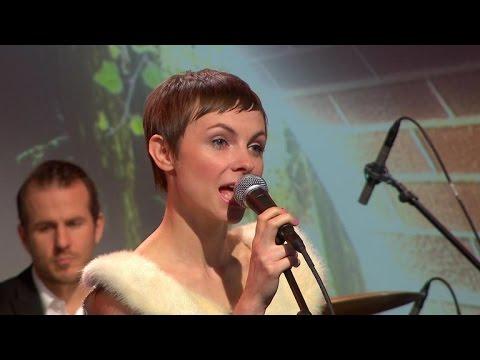 Kat Edmonson performs