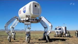 カニ型探査車、砂漠で修行中 NASAが模擬探査公開