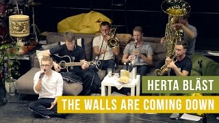 The Walls Are Coming Down - Herta bläst | Live @ Couching 2015 (Fanfarlo Cover)