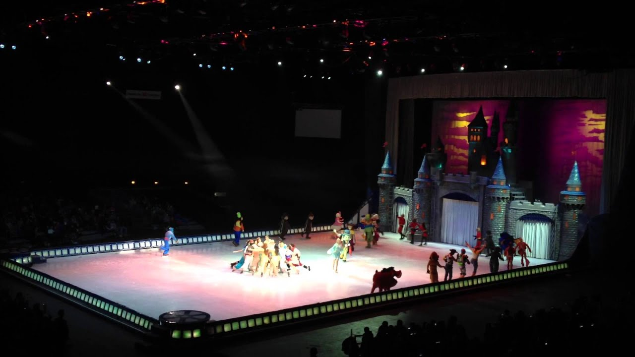 disney sur glace janvier 2015 toulouse youtube. Black Bedroom Furniture Sets. Home Design Ideas