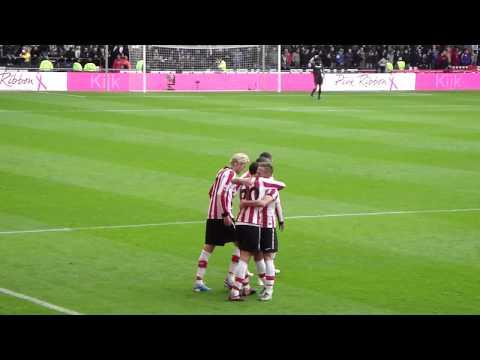 Goal Ibrahim Afellay (2-0), PSV - Feyenoord 24-10-2010, eindstand 10-0