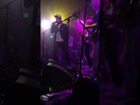 Broken Social Scene - Texico Bitches (live at Troubadour) mp3