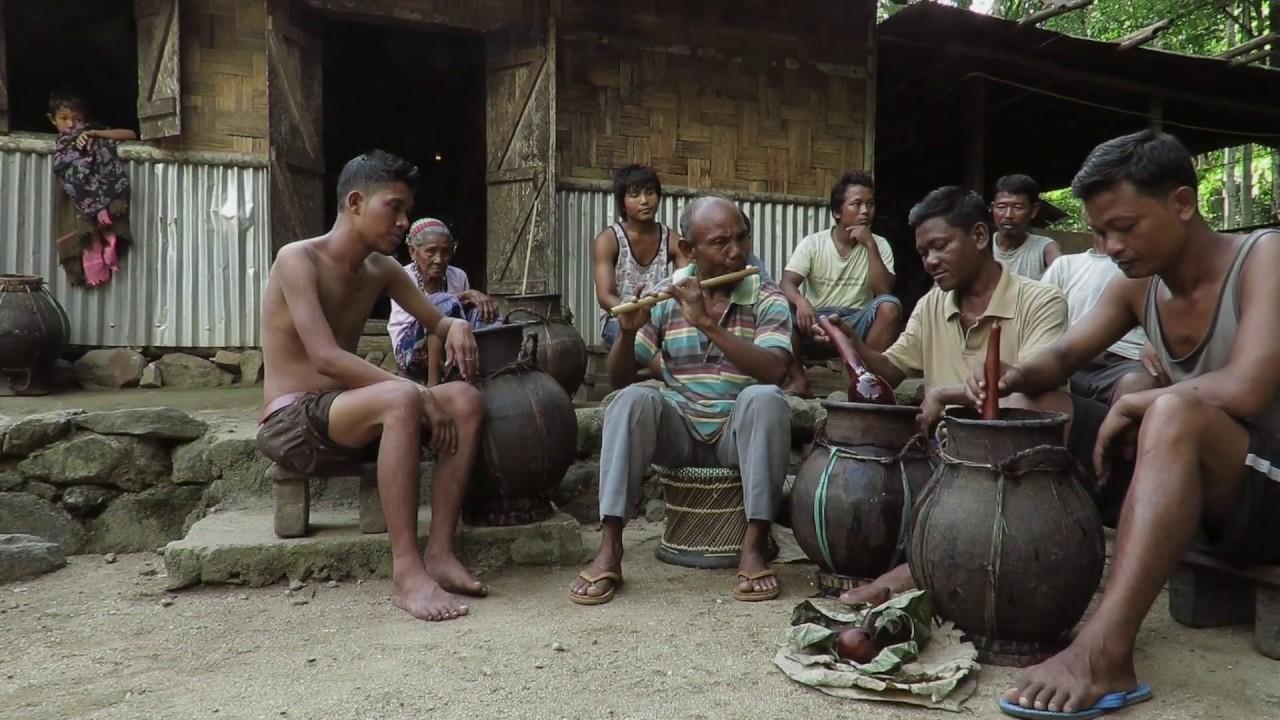 The Vanishing Songsareks of the Garo Hills