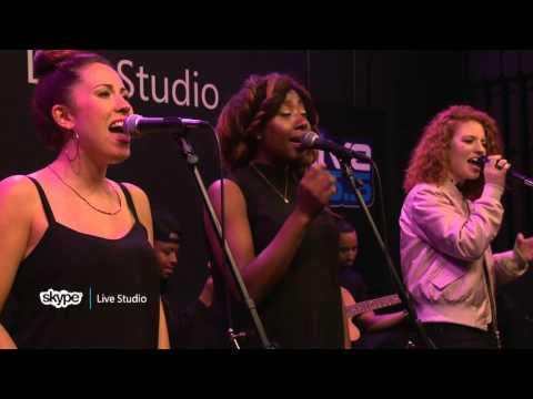 Jess Glynne - Hold My Hand (LIVE 95.5)