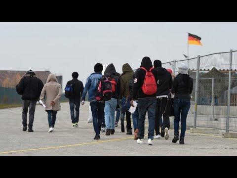 ألمانيا تتبنى مشروع قانون لتسريع إبعاد طالبي اللجوء من دول المغرب العربي  - 13:23-2018 / 7 / 19