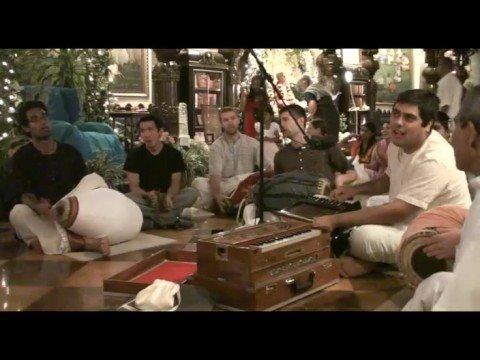 Giriraj Swami Vyas Puja - Bhajans by Ratna Radhika and Amala Kirtan - 3of11