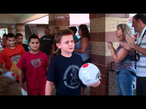 Tsion's 5th grade clap out