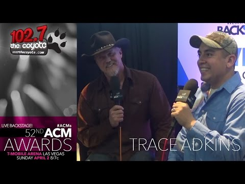 Trace Adkins Talks About His First Tweet In A Hospital Gown