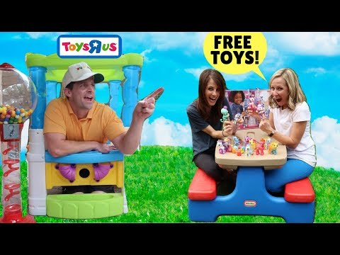 Customers Return Tons Of Toys To Pretend Store !!!