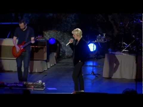 The Cranberries - Ode To My Family @ L'Axone, Montbéliard - 09.Dec.2012 mp3