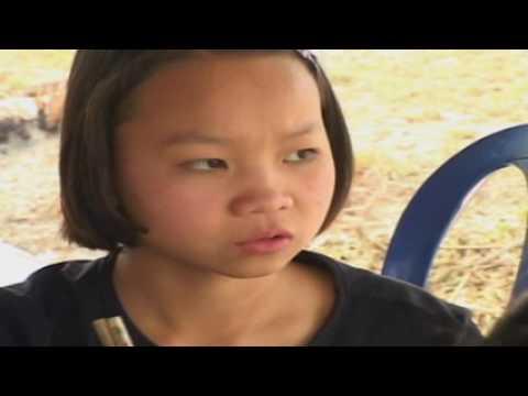 Lam Ua Luag Kom Dhau Toj Ntxas Full Movie #1 -  Luj Yaj  &Iab Hawj
