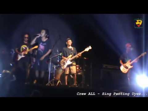 Lumajang Crew ALL - Sing Penting Uyee at. GOR Lumajang