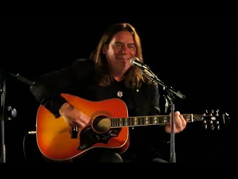 Alan Doyle, In The Round: Crossing Borders: CCMA Songwriters' Circle, Saskatoon (4 Songs)