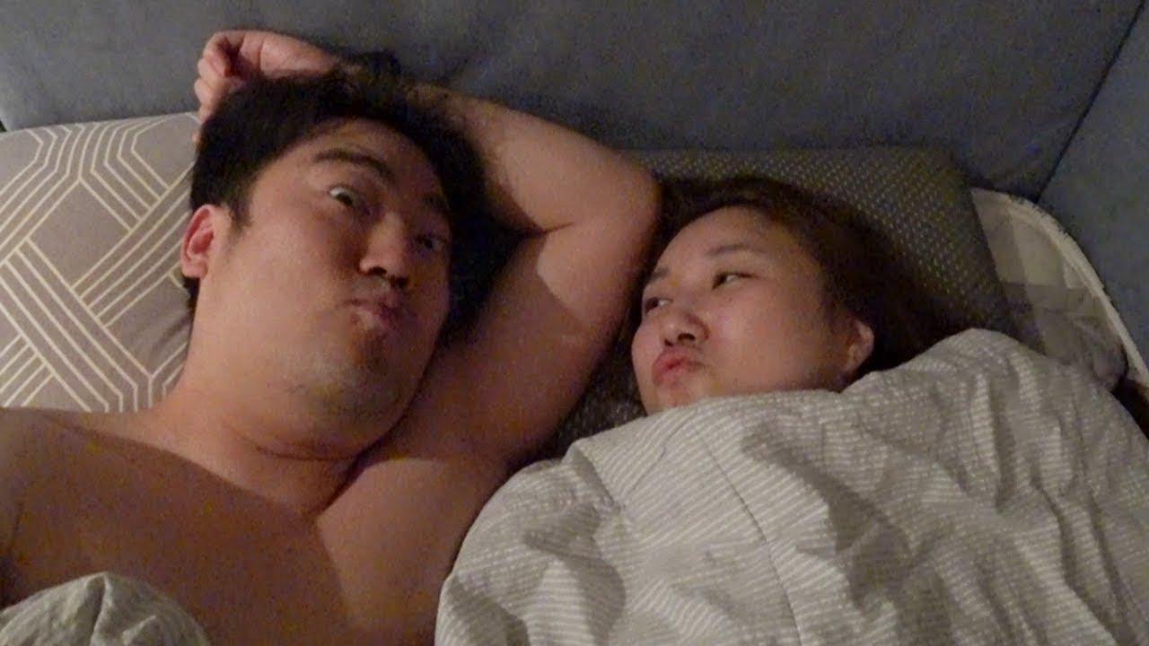[국산]현실부부 자기전 침대에서 #1