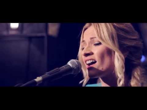 PAMELA RAMLJAK- Dan od Boga LIVE ( Promocija albuma, Zagreb)