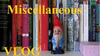 Misc. 1 | Life Update, Library Haul And My Bookshelves!