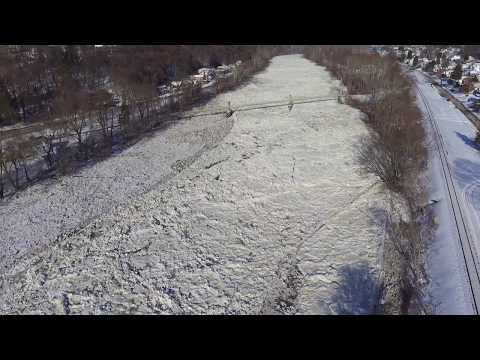Phantom 3, flying over ice jam on kiski river leechburg pa part 2