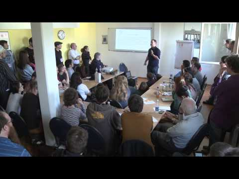 Introduction to Irish - Benny Lewis at the Polyglot Gathering 2015