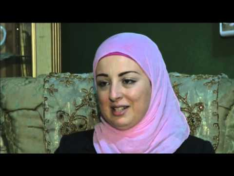 News Reader Wearing Hijab Appears on Egypt TV