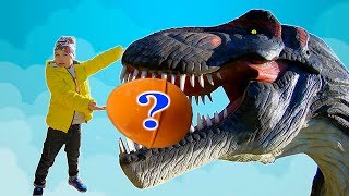 Timko and Mama play with Giant Surprise Eggs | Learn Dinosaurs for Kids