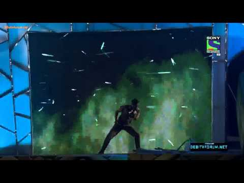 Akshay kumar's performance at umang police show thumbnail