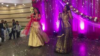 Amazing Wedding Duo on NAVRAI MAJHI( English Vinglish) & RADHA (Student of the Year)