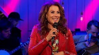 Jill Johnson - Benen i kors - Så mycket bättre (TV4)