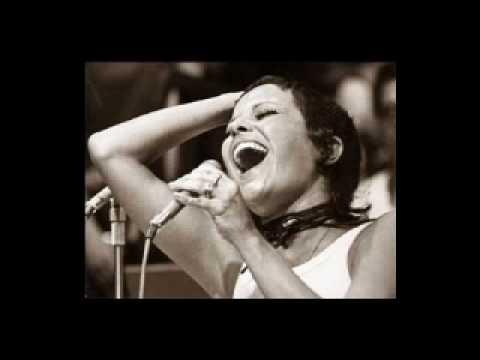 Elis Regina -  in Tokyo 1979  Samba dobrado