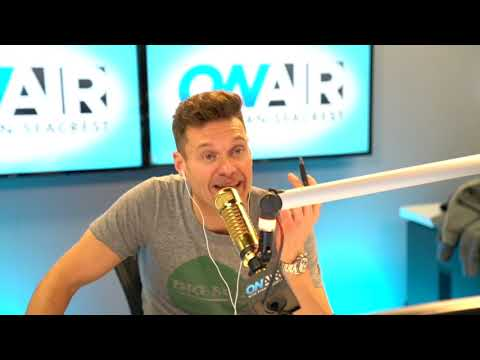 Ryan Seacrest - Ryan Reads His Fans Instagram Comments and Finds New Halloween Costume