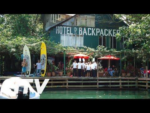 Hotel y Restaurante Backpackers en Rio Dulce Town, Guatemala
