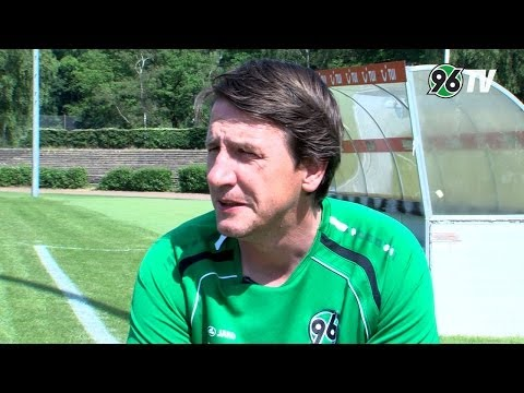 U19 Hannover 96 - VfL Wolfsburg   Interview Daniel Stendel