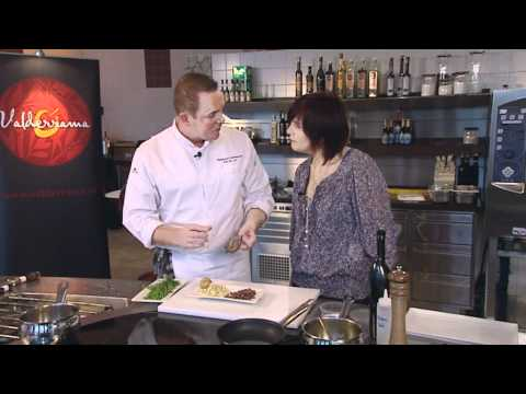 Topchef Erik van Loo van Restaurant Parkheuvel** in Rotterdam bereidt een heerlijk hoofdgerecht