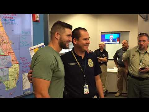 Hurricane Irma aftermath: Tim Tebow visits state Emergency Operations Center