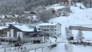 Вид с балкона(Ортизей. Отель Cavallino Bianco (белая лошадь), 2012-01-09T20:30:37.000Z)