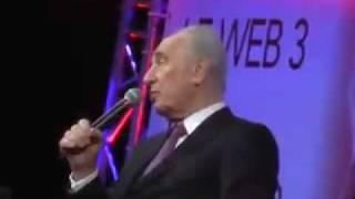 Shimon Peres addressing Le Web 3