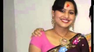 Desi aunties romance in saree leaked