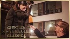 Schneller als ein Hund? | Aushalten: Wetten, dass | 2/2 | Circus Halligalli Classics | ProSieben