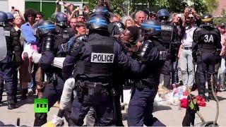 Полиция демонтирует палаточные лагеря мигрантов по всей Франции(, 2015-06-10T13:06:24.000Z)