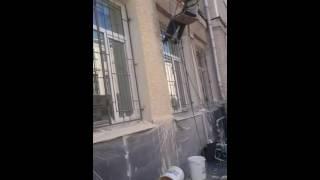 HYVST SPT 210 окраска фасада здания(Окраска фасада здания, покраска шубы, работает окрасочный аппарат высокого давления HYVST SPT 210 http://hyvst.ru/catalog/o..., 2016-08-10T09:16:55.000Z)
