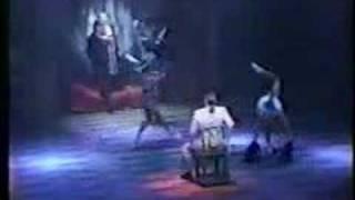 ミュージカル「香港ラプソディー」は宮本亜門が手がけた「アジア3部作...