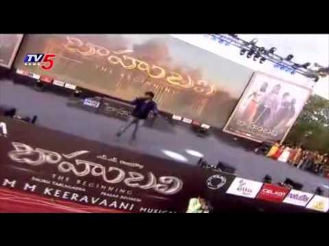 "Deepu Singing "" Nene Nani Ne "" Song at Baahubali Audio Launch : TV5 News"