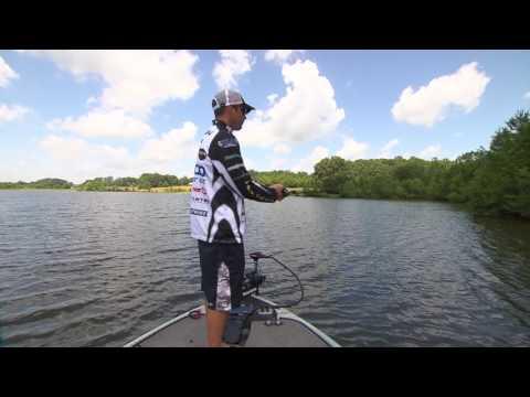 Major League Lessons: Casey Scanlon on Fishing a Jig