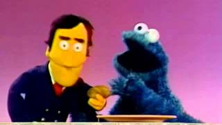 Classic Sesame Street - Cookie Monster sings about subtraction