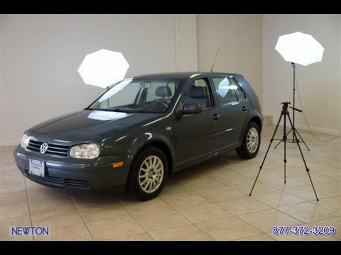 2005 Volkswagen Golf 2.0 GLS 5-Speed Hatchback